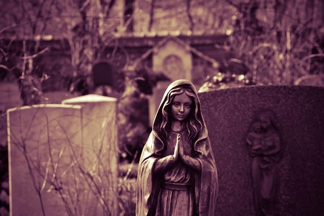 prayer-703573_640